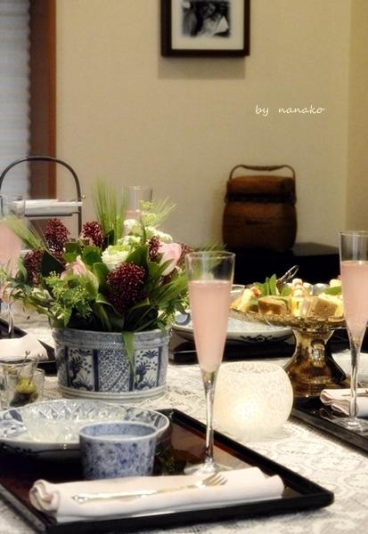 骨董でテーブル遊び_c0364500_14541129.jpg