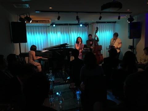 Jazzlive comin 広島  明日はセッション!_b0115606_10472847.jpg