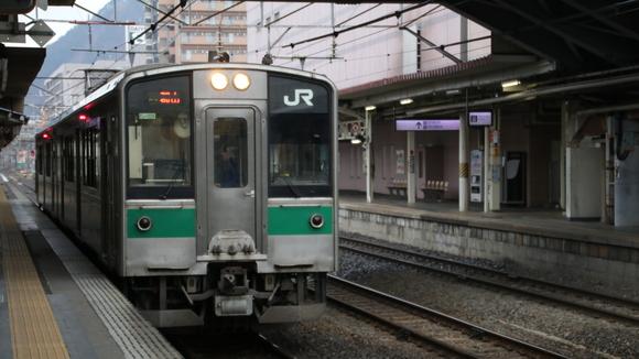 JR福島駅 701系_d0202264_4545768.jpg