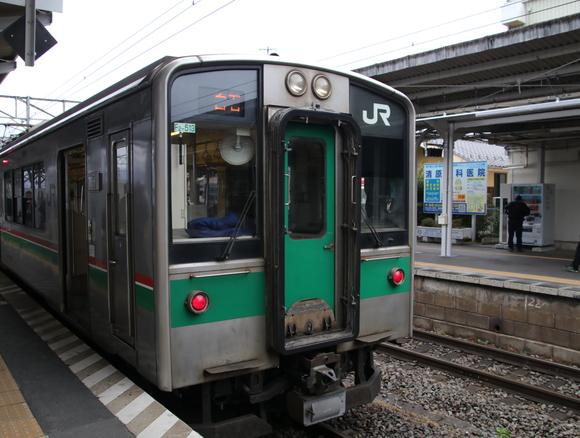 JR福島駅 701系_d0202264_4555896.jpg