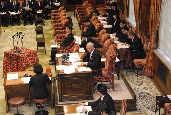 2016. 4. 6 「福島復興再生特措法の一部改正法律案」の審議が始まりました。_a0255967_14225451.jpg