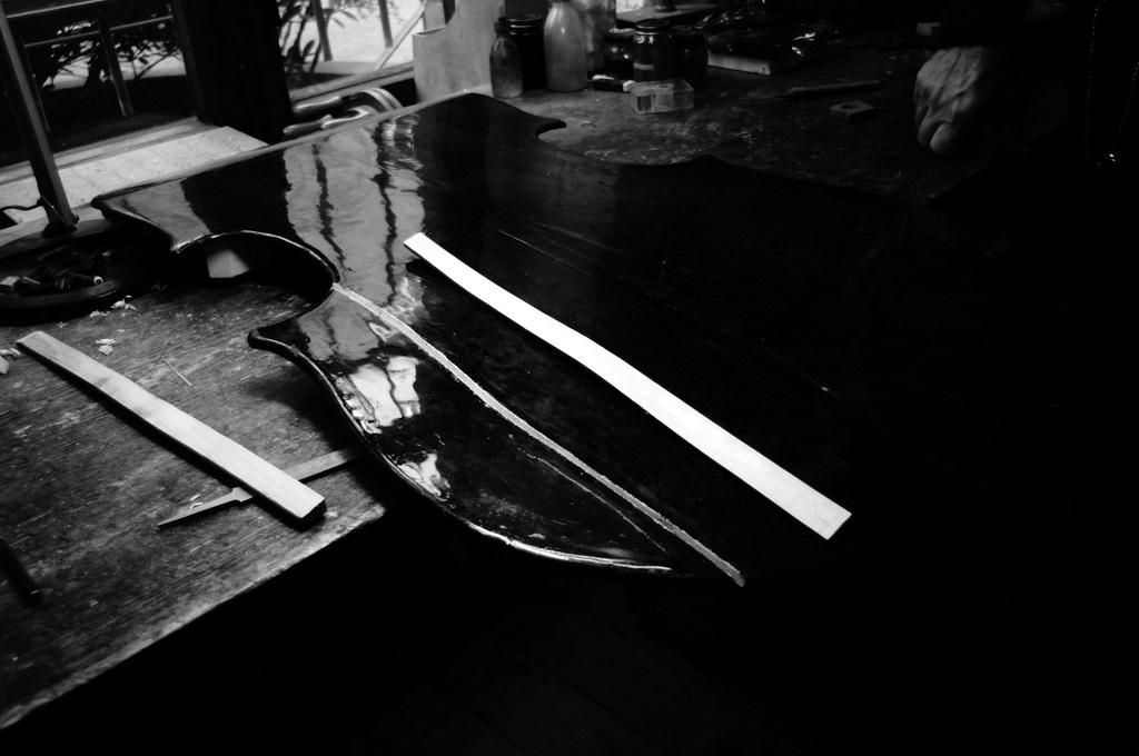 弦楽器工房へ_c0180686_20203079.jpg