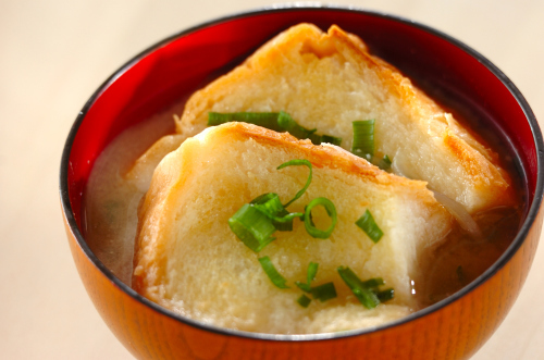 バタートーストを味噌汁に?_a0115906_15353462.jpg