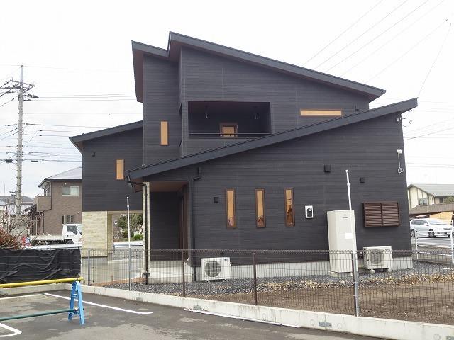 ガレージと中二階のある家⑥(完成!)_c0220930_10035262.jpg