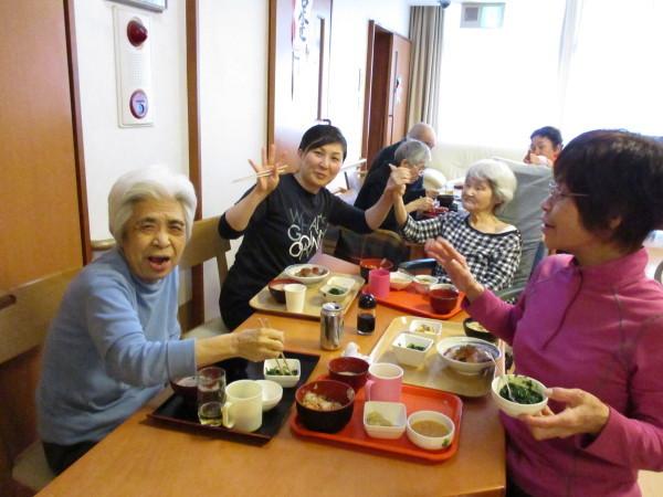 プラザの4月のお食事会_a0166025_16304898.jpg