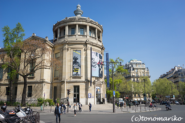 今週末はパリっ子ウキウキ夏に近いパリの春!_c0024345_07450156.jpg