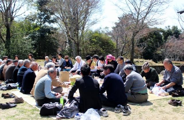 京都でお花見会を開催しました_a0165546_17502260.jpg
