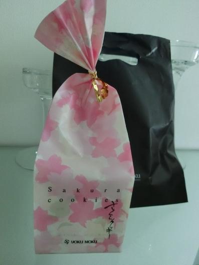 桜の恋しい季節に届いたSWEET MOMENT♡_e0303431_18522024.jpg