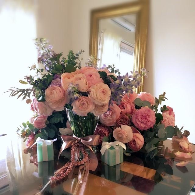 新郎新婦様からのメール アイスブルーのドレスへのブーケ ホテル椿山荘東京様へ_a0042928_22444015.jpg