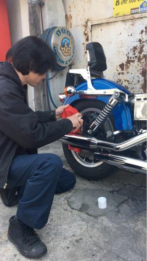 バイク磨いてますか〜?_a0110720_12593622.jpg