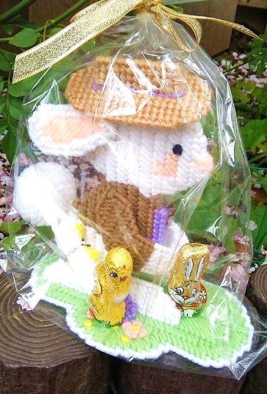 目黒川の桜 ひらひらと。。。Holy Thursday。。。聖木曜日。。。。 *。:☆.。†_a0053662_09540193.jpg