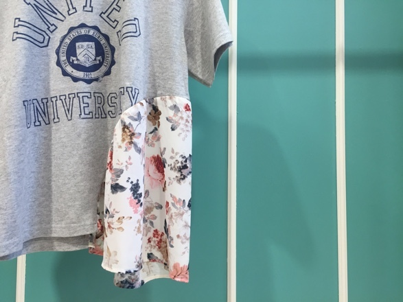From R bycocoryne☆仙台PARCO店☆a play with a happy ending/UNITED切替Tシャツ_e0269968_10501684.jpg