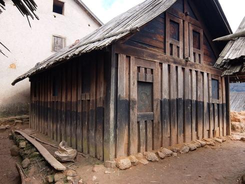 8日目: アンツィラベ ザフィマリニ村へ_a0207588_21405185.jpg