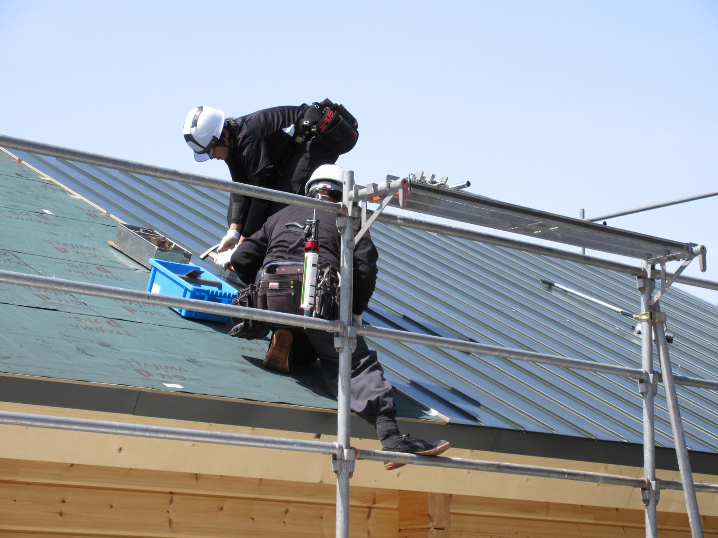 屋根防水と板金、窓_e0123419_01445962.jpg