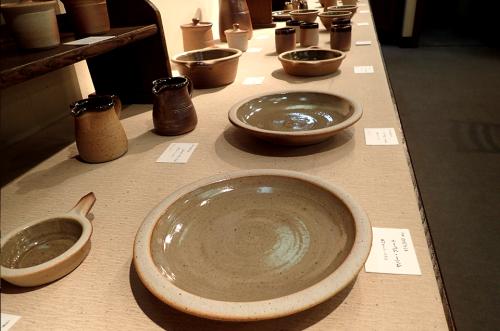 リーチ派の陶芸ー英国スタジオ・ポタリーの展開ー_f0197821_17553842.png