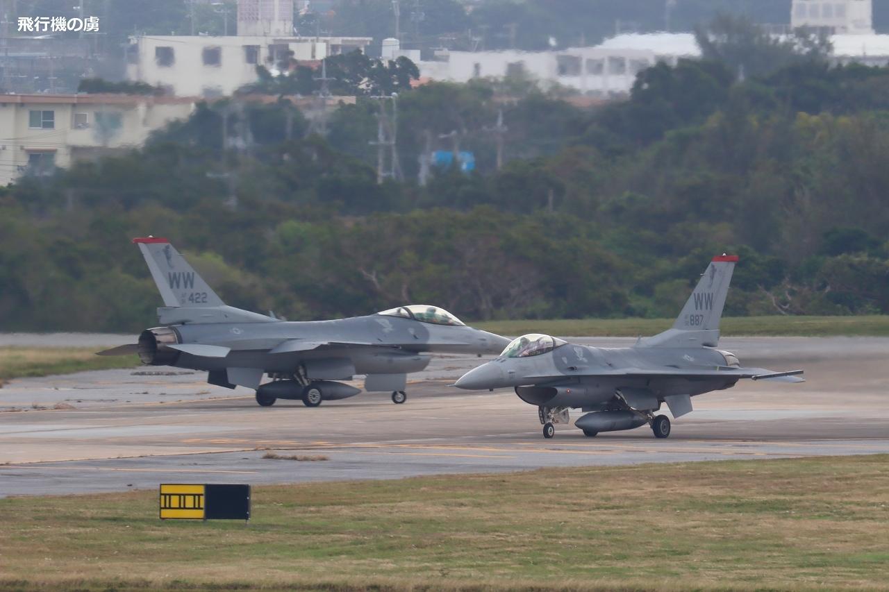 ワルツ  F-16  アメリカ空軍_b0313338_23084985.jpg