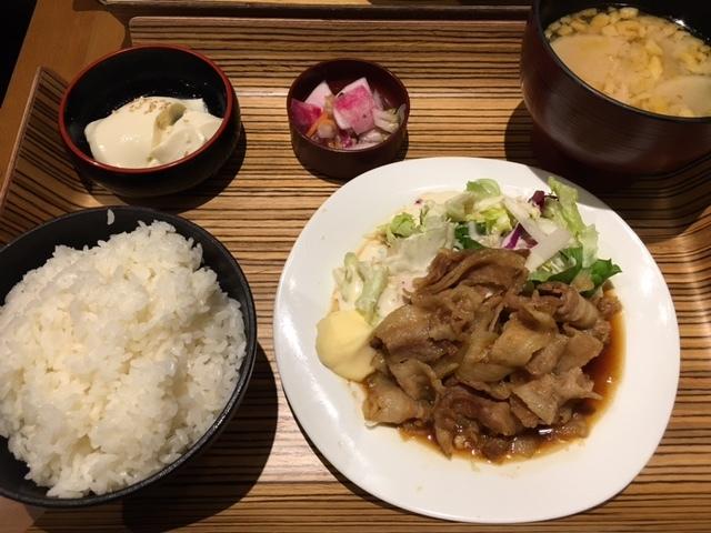 Echika fit 永田町   肉そば&生姜焼き膳_a0359239_14501467.jpg
