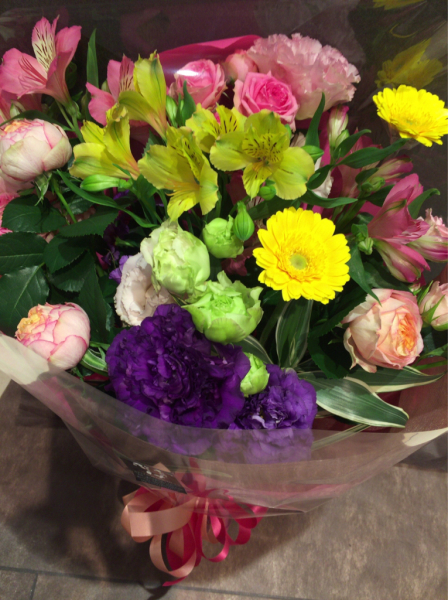 花贈りのテーマ…_a0300110_17060202.jpg
