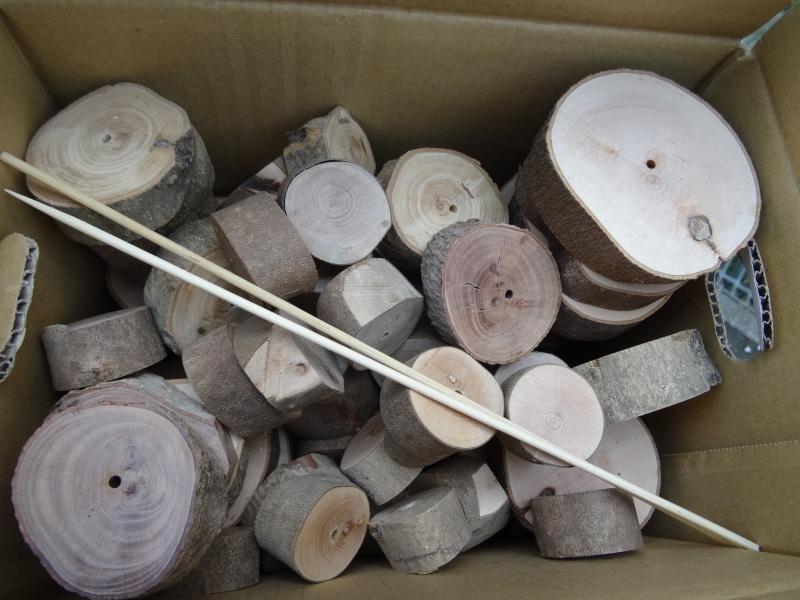 作業小屋作りは完成間近・・・うみべの森_c0108460_20355701.jpg