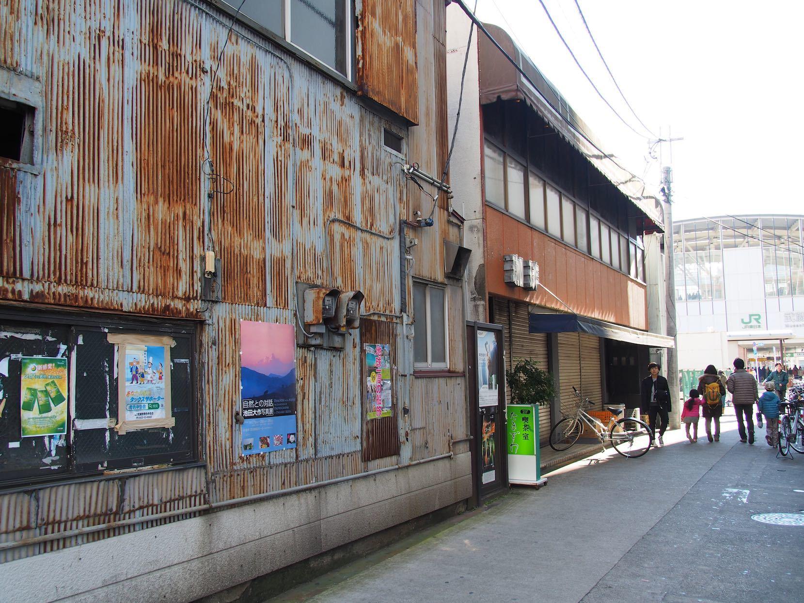 武蔵小金井駅周辺1_b0360240_20040122.jpg
