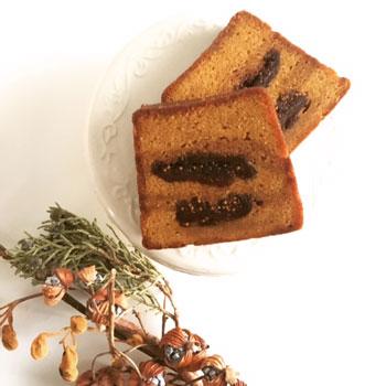 イチジクのパウンドケーキ、あくの強いチョコレートと塩味のクッキーなど焼き菓子詰め合わせ_d0329740_22574189.jpg