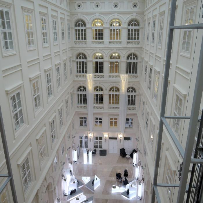 チェコのブルノにある5つ星ホテル「Barcelo Brno Palace(バルセロ ブルノ パレス)」_c0060143_11055368.jpg