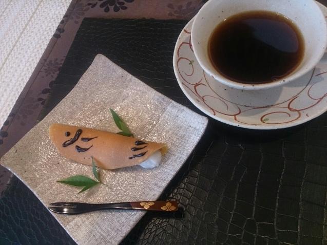 鮎菓子_f0323446_22455812.jpg