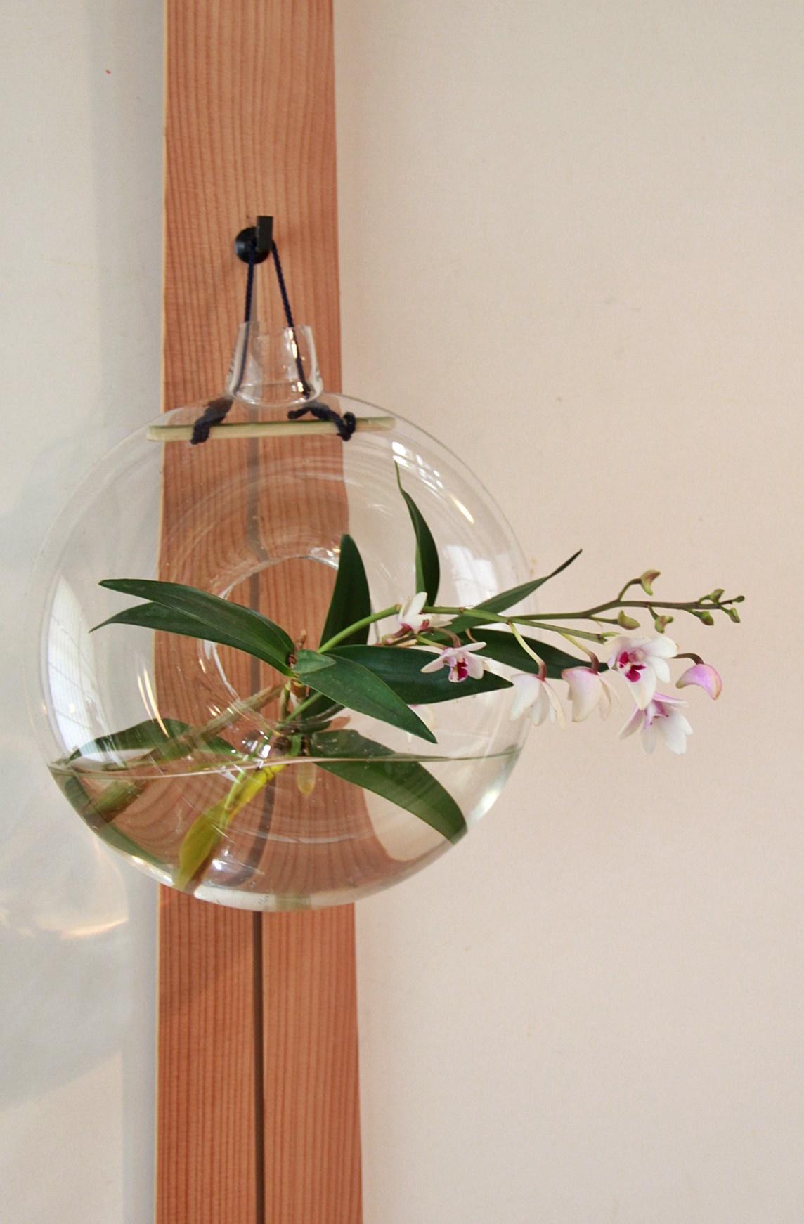 ◆最後の桜・・「行き行きて 行きて花」いけばな二人展  豊中 桜の庄兵衛ギャラリー_e0154682_17084469.jpg
