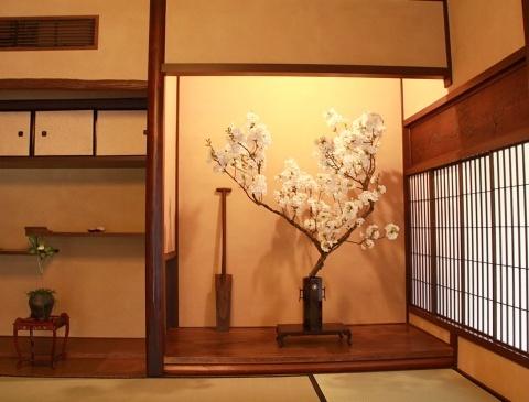 ◆最後の桜・・「行き行きて 行きて花」いけばな二人展  豊中 桜の庄兵衛ギャラリー_e0154682_22001759.jpg