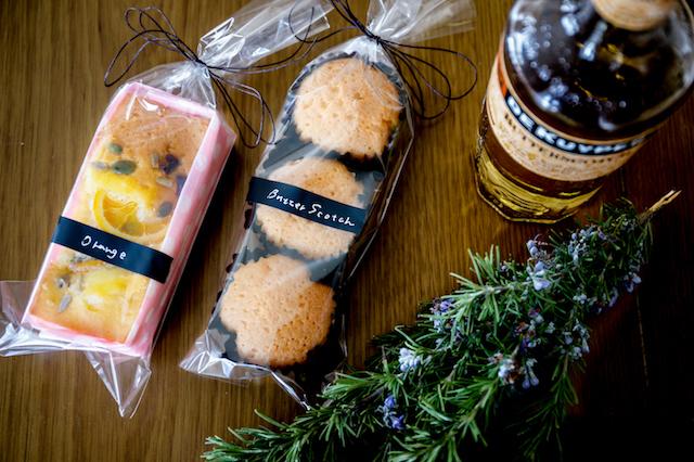 バタースコッチのはっぴーけーき  桜の塩漬け _d0034447_14361049.jpg