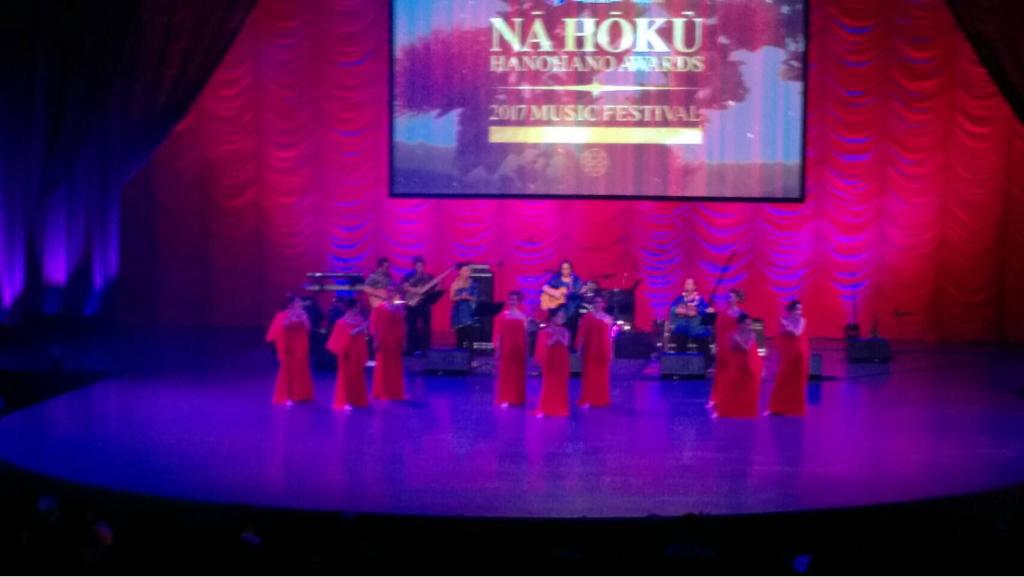 Na Hoku  にて踊らせていただきました🌺_d0256587_16570486.jpg