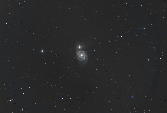 リモート天文台でも撮影中は寝ていけません。_c0061727_8581210.jpg