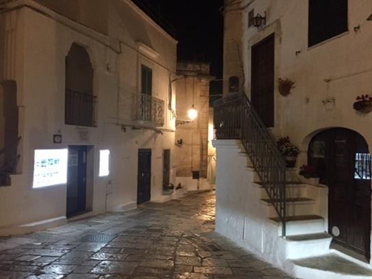 2017南イタリア旅行記13 プーリア①Ostuniでわんこアンティパスト_d0041729_22530849.jpg