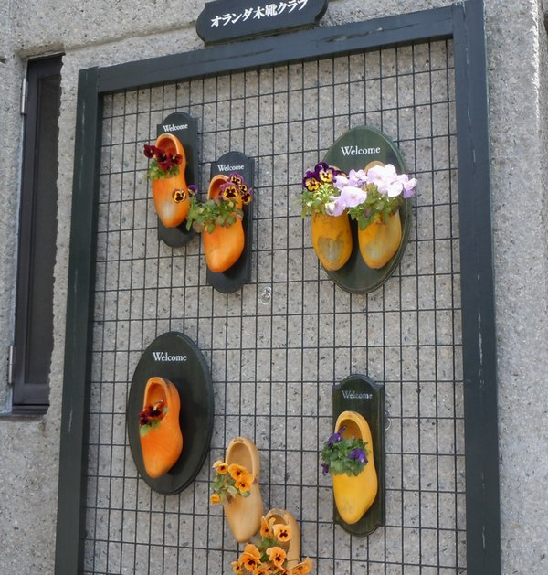 木靴と花のエントランス ~ 花と家と生活を楽しむ人たち ~_b0102572_17313765.jpg