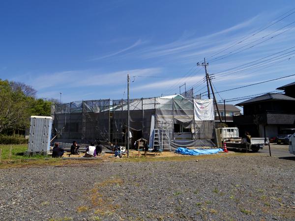 放射状の屋根と天井_a0117794_14482420.jpg