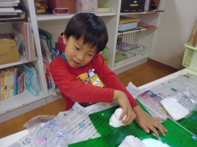 【工作教室】低学年『マグネット紙粘土』 中高学年『ジオラマ』制作_f0225094_23542319.jpg