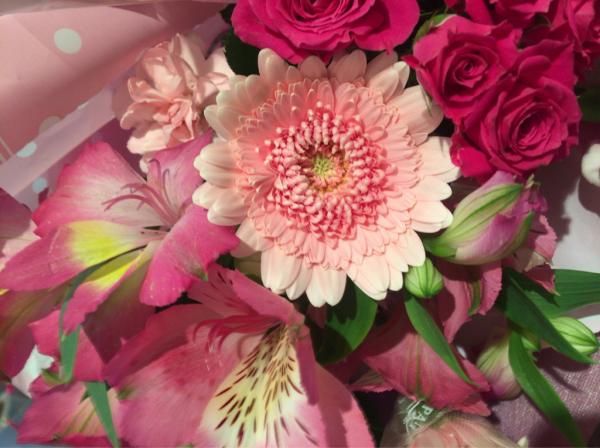 歓送迎会の花束です♪_a0300110_17011450.jpg