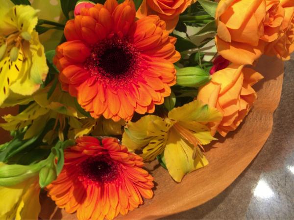 歓送迎会の花束です♪_a0300110_17011574.jpg