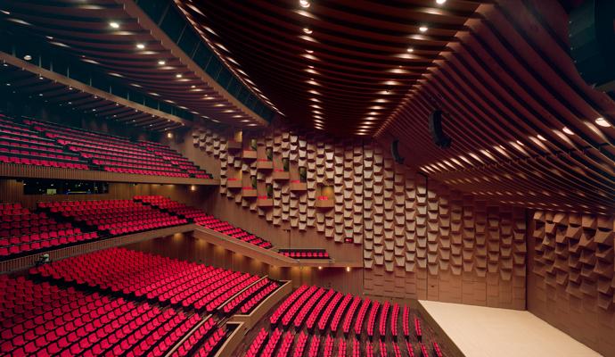 アラン・ギルバート指揮 東京都交響楽団 (ピアノ : イノン・バルナタン) 2017年 4月23日 大阪・フェスティバルホール_e0345320_23125827.jpg