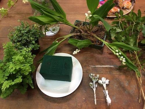 お花の教室(スズラン*アジアンタム)_f0324766_18033057.jpg