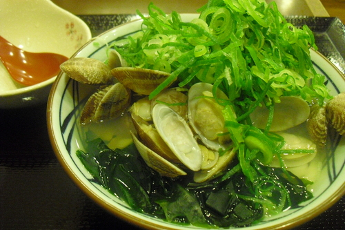 丸亀製麺 『春のあさりうどん』_a0326295_1644438.jpg