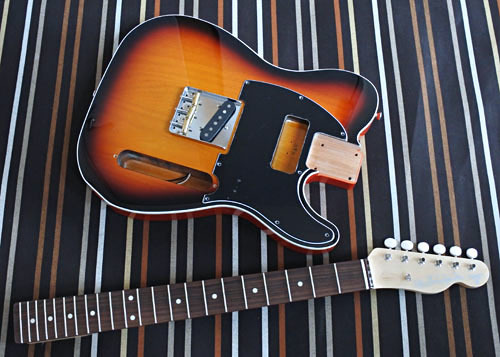 「Guitar × 4種とBass × 2種」の塗装が完了しました!_e0053731_17460247.jpg