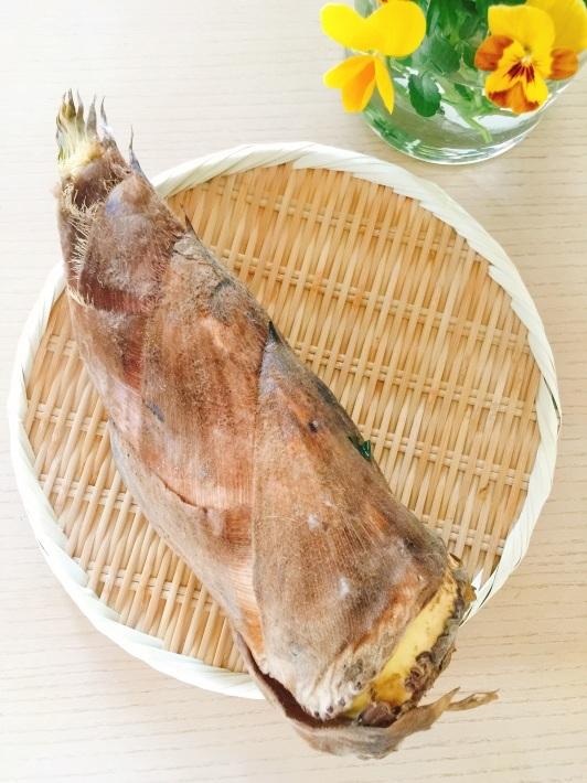 筍を炊いて、 福岡へ出発_b0060363_12373848.jpg