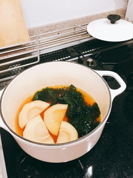 筍を炊いて、 福岡へ出発_b0060363_12412273.jpg