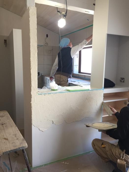 桜堂の家改修工事、タイル張りと砂漆喰塗り_d0332870_21403759.jpg