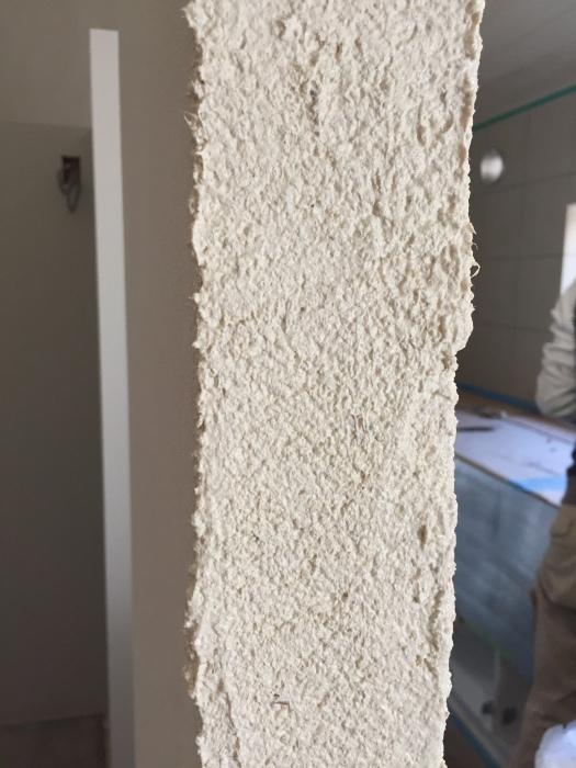 桜堂の家改修工事、タイル張りと砂漆喰塗り_d0332870_21412072.jpg
