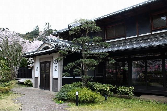 石上神宮から奈良へ_f0374092_21234550.jpg