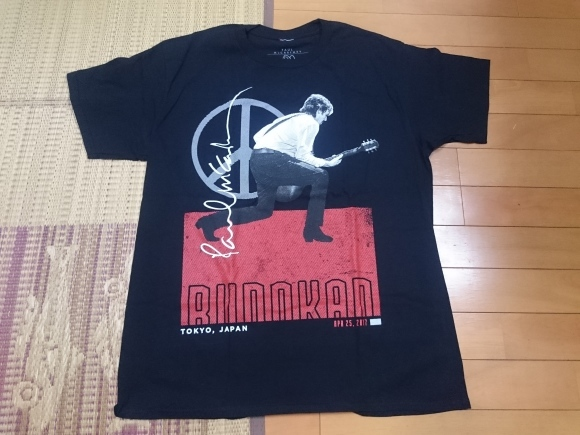 4/24 PAUL McCARTNEY ONE ON ONE JAPAN TOUR Tシャツ_b0042308_02073741.jpg