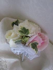 白ドレス&ライトブルードレスのブーケ♪_f0054809_10393273.jpg