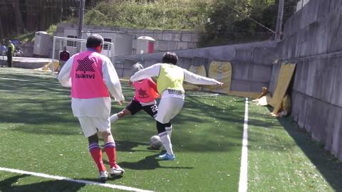 4/23(日) 第4回シニアフットサル at UNOフットボールファーム_a0059812_10422214.jpg